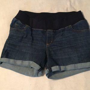 Liz Lange Maternity denim shorts size M